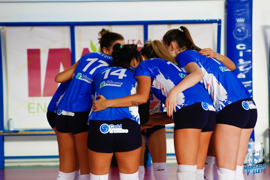 7^Giornata Campionato Nazionale serie A2 femminile: Cuore di Mamma Cutrofiano-Sigel Marsala Volley: (25/23; 25/18; 25/17)
