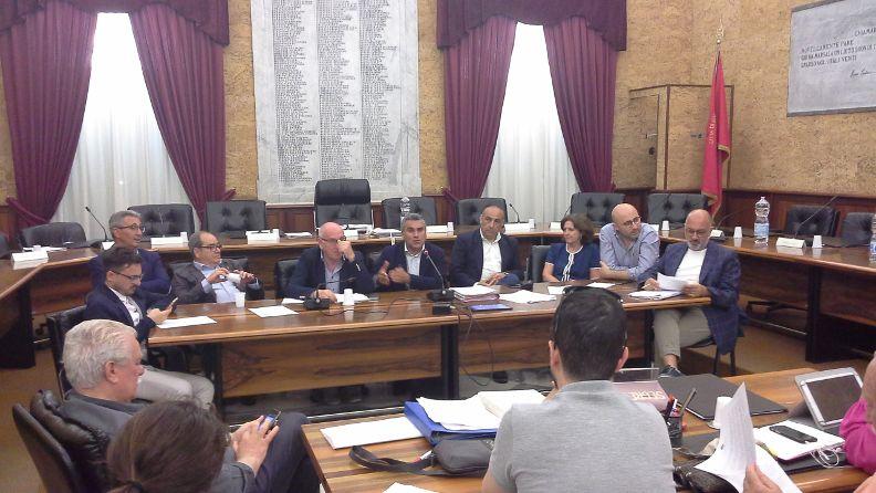 Consiglio comunale Marsala. Manca il numero legale. Decade la sessione di bilancio